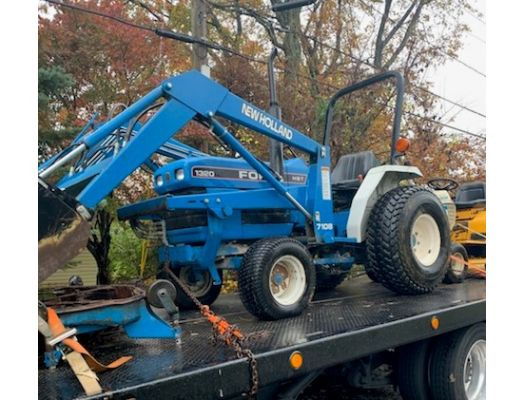 Ford 1320 2wd loader mower