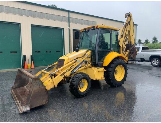 New Holland 575E loader backhoe