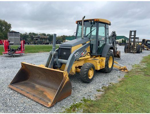 John Deere 310J 4x4 backhoe loader