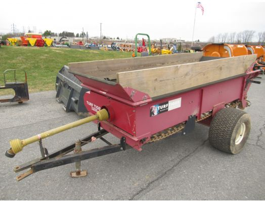 Turf Tiger 3200 top dresser