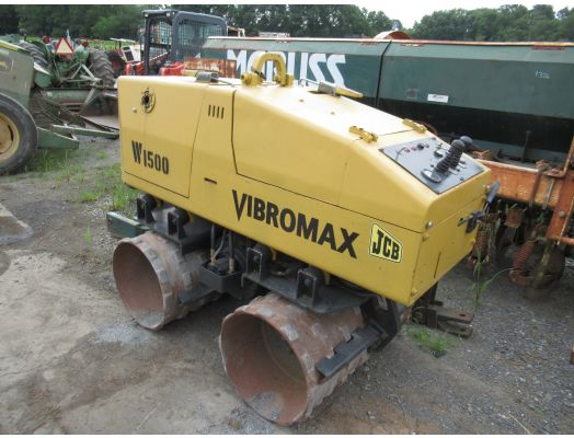 Vibromax 1500 trench roller