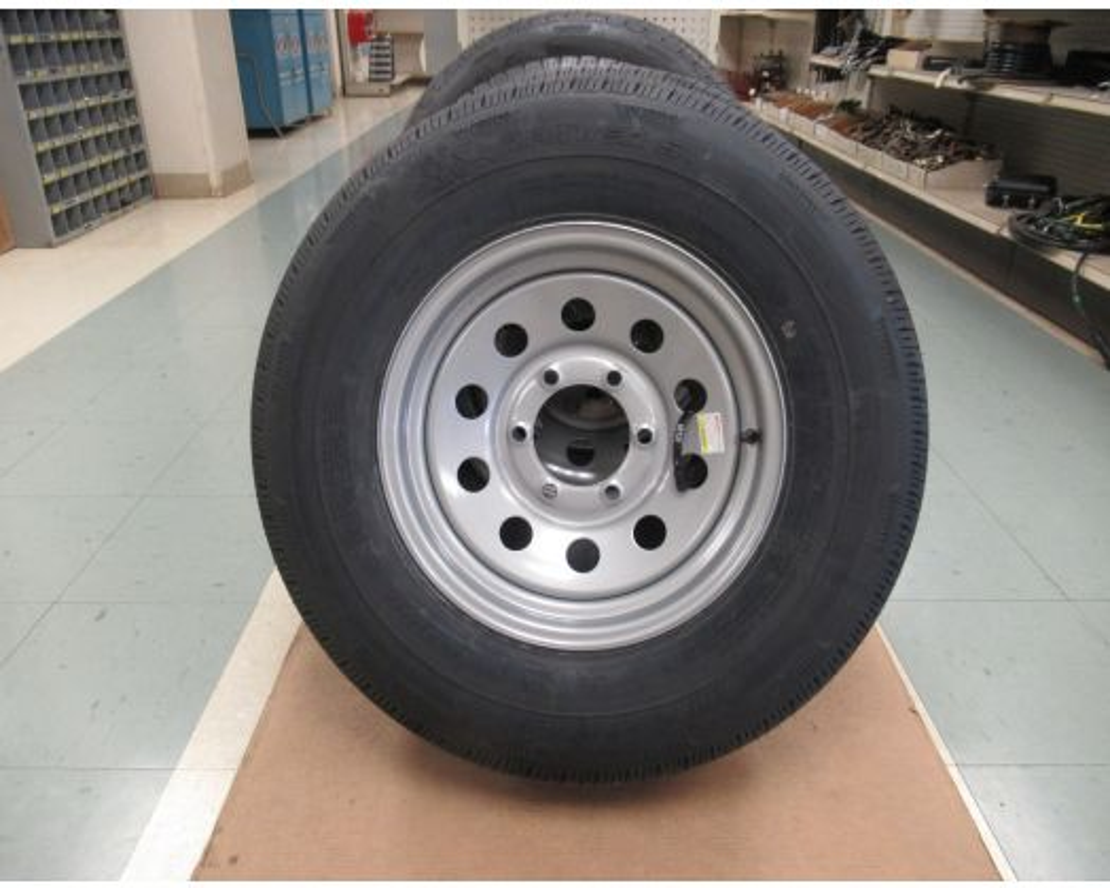 Pequea 225/75 R15 spare tire & wheel