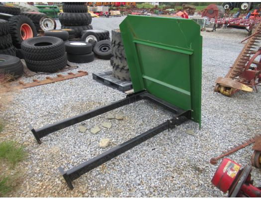 Iron Bull ROPS with JD green roof / JD utility tractor