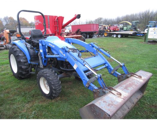 New Holland TC35D 4x4 loader mower