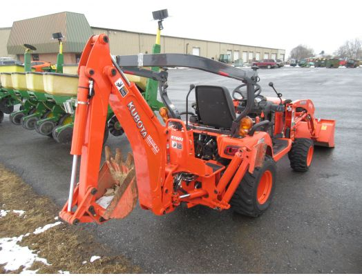 Kubota BX25 tractor loader backhoe