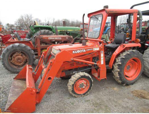 Kubota L2350 4x4 loader