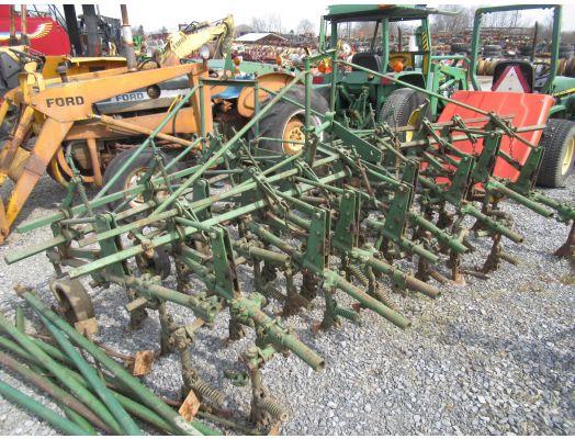 John Deere 4 row front mount cultivator