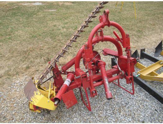 New Holland 451 7' 3pt sickle mower