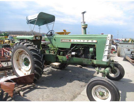 Oliver 1550 diesel tractor