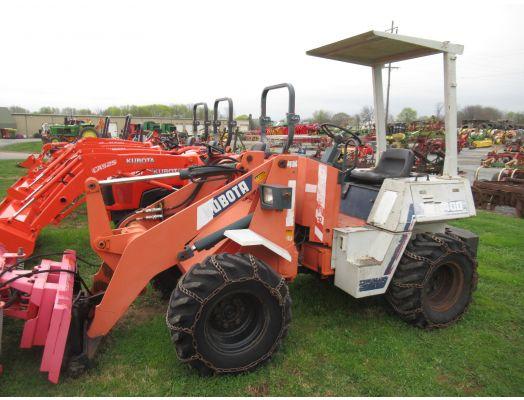 Kubota R400 wheel loader