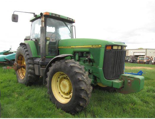 John Deere 8100 MFWD tractor