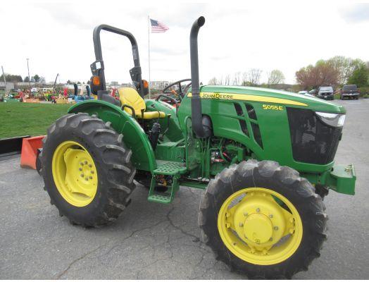 John Deere 5055E tractor