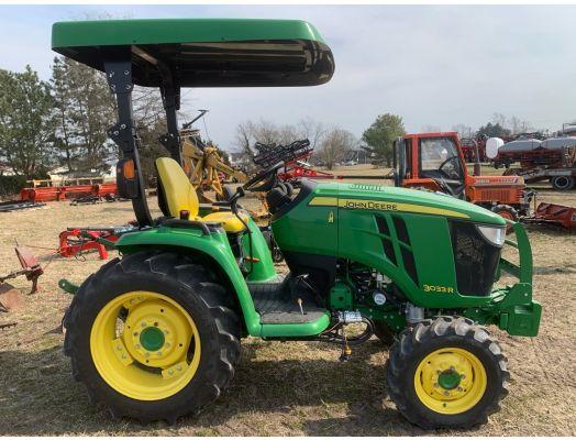 John Deere 3033r 4x4 tractor