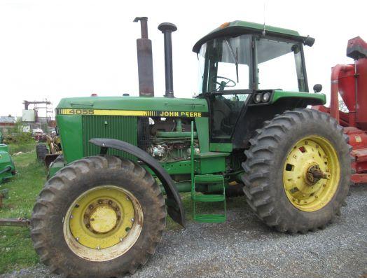 John Deere 4055 4x4 tractor