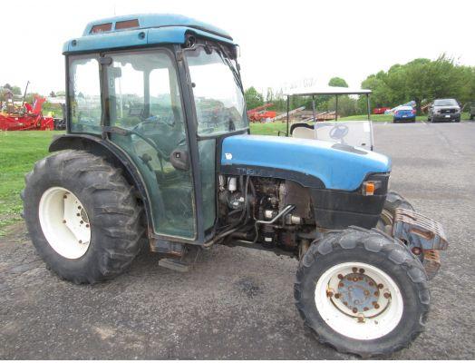 New Holland TN90F narrow 4x4 cab tractor