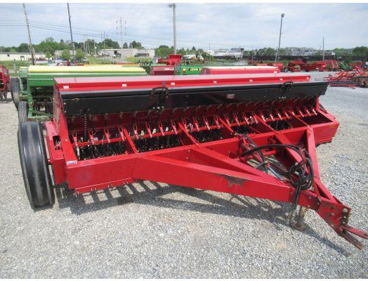 Case IH 5300 12' grain drill