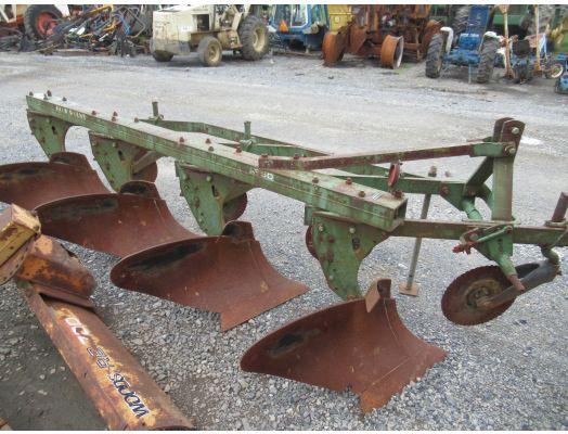 John Deere 4x18 3pt plow 1250