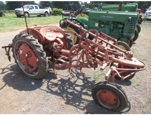 Allis Chalmers G tractor with cultivator as-is