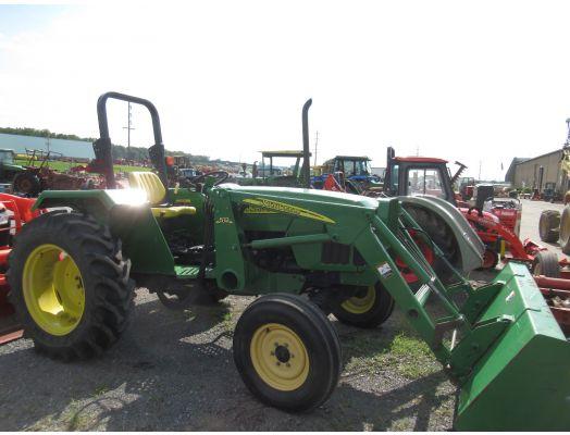 John Deere 5103 2wd with loader