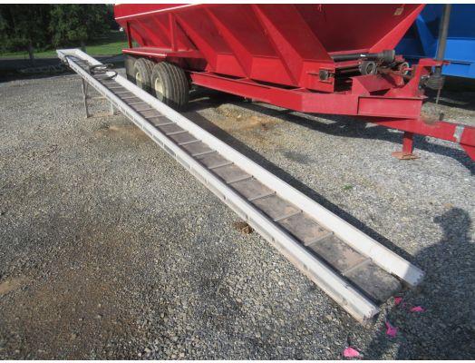 Aluminum produce conveyor