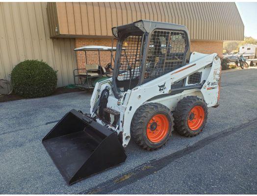 Bobcat S450 skid loader