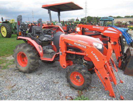 Kubota B3350 4x4 loader