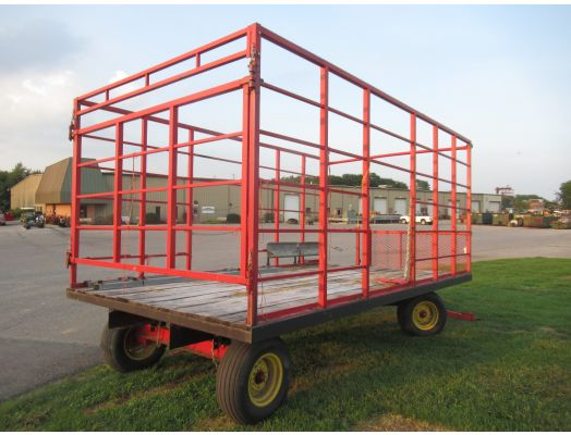 Meyer 8x18 live bed hay rack wagon