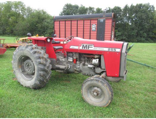 Massey Ferguson 255 2wd tractor