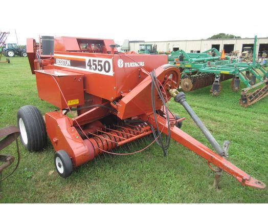 Hesston 4550 inline square baler