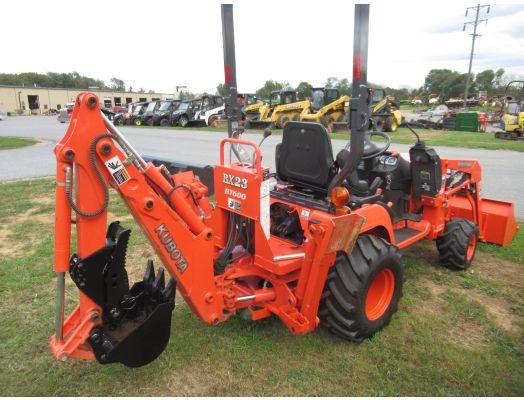 Kubota BX23 tractor loader backhoe