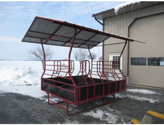 Happy Horse 7x8 feeder with roof